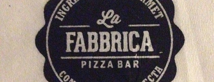 La Fabbrica -Pizza Bar- is one of Cena rica Gourmet.