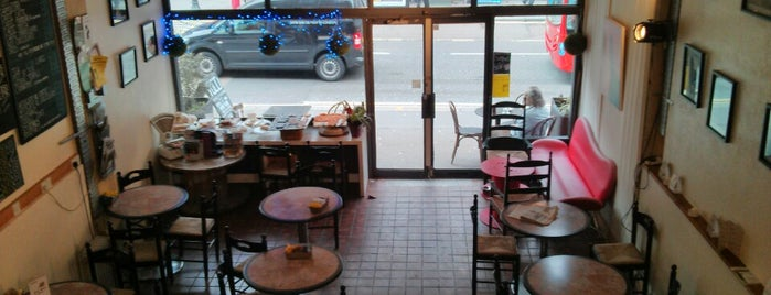 Tolli Cafe is one of Kentish Town.