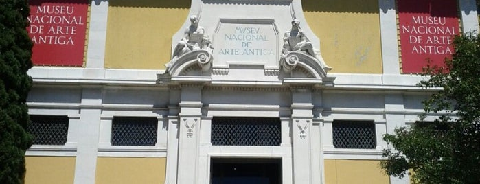 Museu Nacional de Arte Antiga is one of museus & cenas.