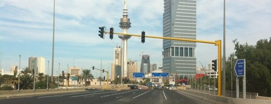 اشارة الضاحيه و الديره is one of สถานที่ที่ 9aq3obeya ถูกใจ.