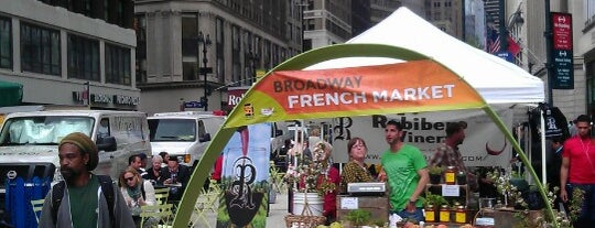 Broadway French Market is one of NYC Health: NYC Farmers' Markets.