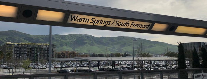 Warm Springs/South Fremont BART Station is one of Posti che sono piaciuti a Booie.