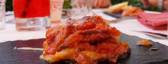 Latini is one of Posti che sono piaciuti a Renieri.