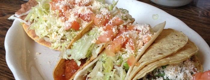 El Taco Real is one of Tempat yang Disukai Julie.