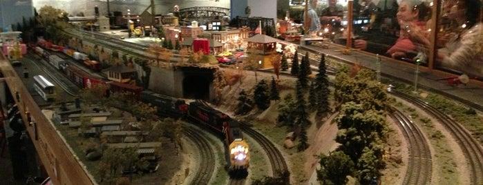 San Diego Model Railroad Museum is one of Shannon's favorite things.