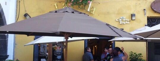 La Perla is one of สถานที่ที่ Addie ถูกใจ.