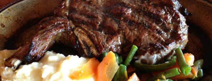 El Ganadero - Steak House is one of Villahermosa.
