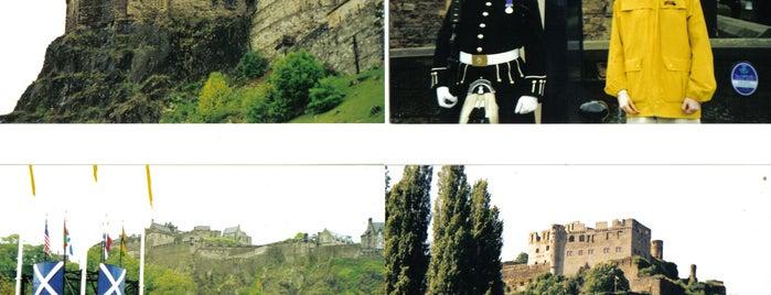 Edinburgh Castle is one of Tempat yang Disimpan Deborah Lynn.