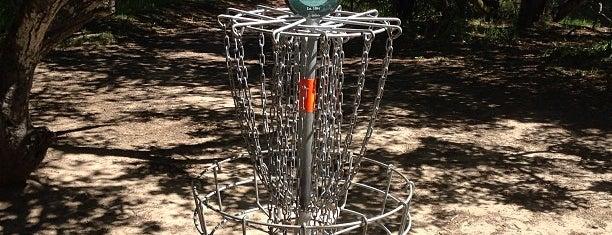 Delaveaga Disc Golf Course is one of Lugares favoritos de Tanya.