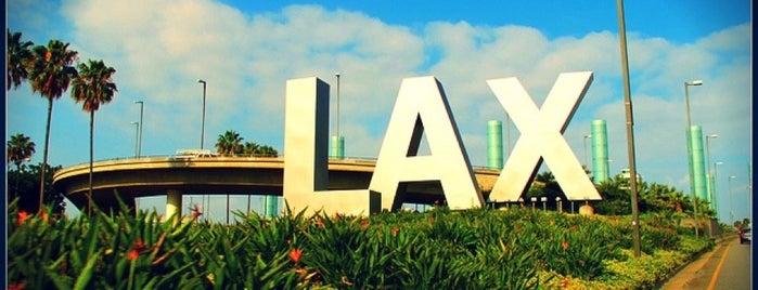 Aeroporto Internazionale di Los Angeles (LAX) is one of CAL.