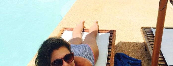 Romantic BEACH Villas is one of Spoiler babe. ❤️️.