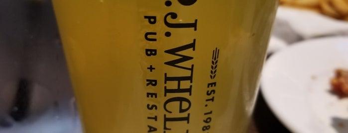 P.J. Whelihan's Pub + Restaurant - Oaks is one of Locais curtidos por JJ.