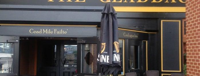 Claddagh Irish Pub is one of Locais curtidos por iKangaroo.