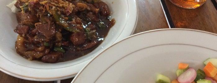 """Warung Sate dan Tongseng """"Pak Budi Asli Solo"""" is one of Kuliner Bekasi."""