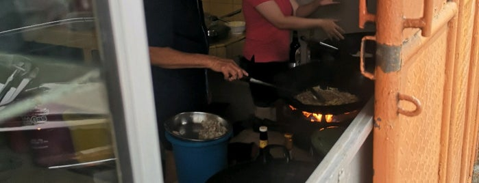 "Kwetiau Bagan ""Che Hin"" is one of Jkt Simple Art of Eating."
