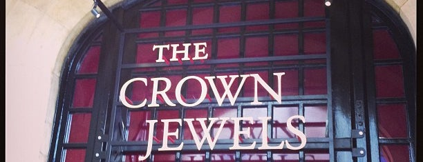 The Crown Jewels is one of Tempat yang Disimpan Fabiola.
