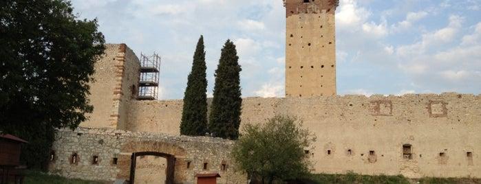Castello di Montorio is one of Castelli Italiani.