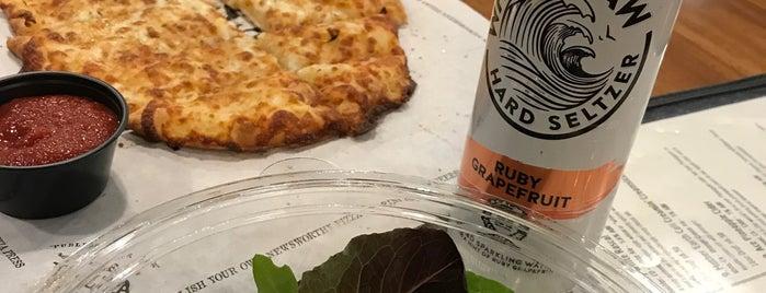 Pizza Press is one of Lugares favoritos de LUIS.