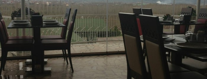 İlhan Tan Dinlenme Tesisleri is one of Locais curtidos por Mehmet.
