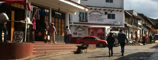 Mercado Municipal is one of Lieux qui ont plu à Karla.