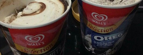 Hershey' Ice Cream is one of I Scream badge- New York.