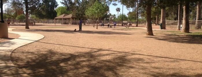 Reid Dog Park is one of Lieux qui ont plu à Debra.