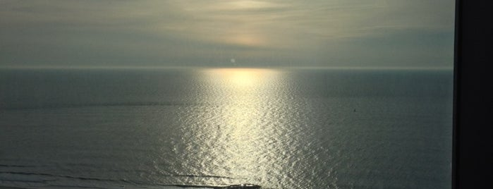 Revel Oceanview Suite is one of Nadine : понравившиеся места.