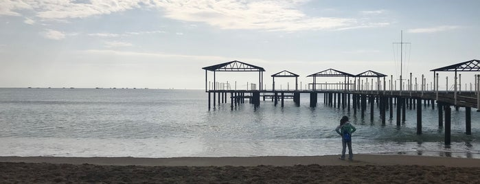 Royal Holiday Palace Beach is one of Orte, die Atakan gefallen.