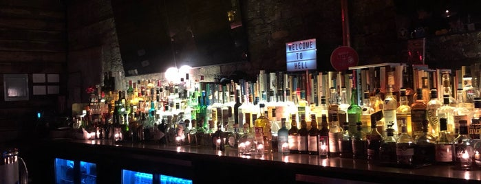 Neon Wilderness is one of Chicago's Best New Bars 2019.