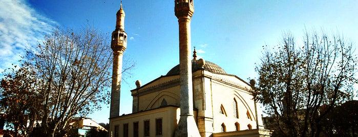 Güzelce Kasımpaşa Camii is one of İstanbul'daki Mimar Sinan Eserleri.