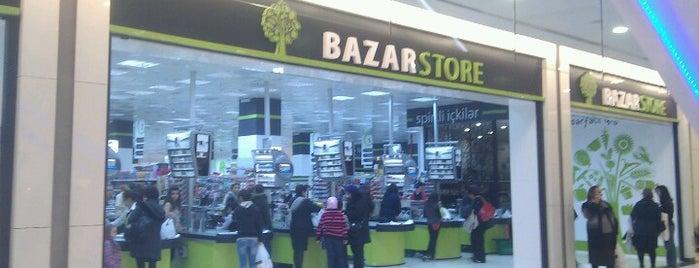 Bazar Store is one of Locais curtidos por ɟɟopǝɯɥɐ.