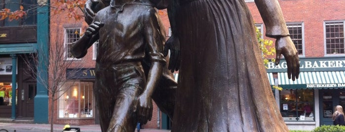 Irish Famine Memorial is one of Boston.