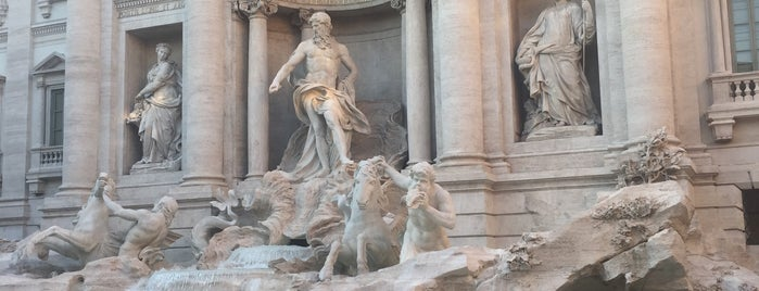 Trevi-fontein is one of Rome.