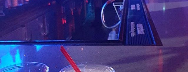Medusa Night Club is one of Posti che sono piaciuti a DJ Cellz Supreme.