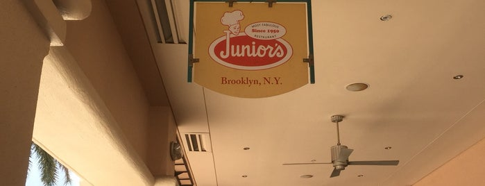 Junior's is one of Tammy 님이 좋아한 장소.
