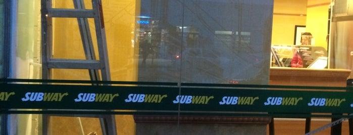 Subway is one of Locais curtidos por 83.