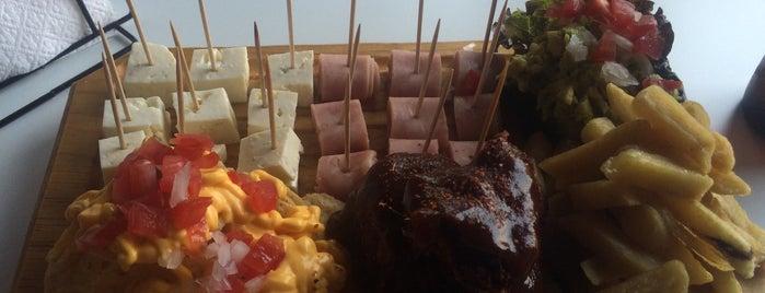 Paco's Restaurant is one of Posti che sono piaciuti a Jorge.
