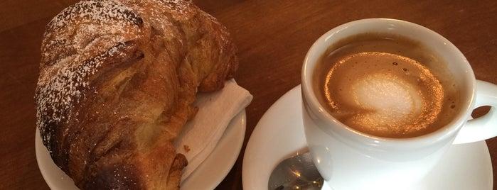 Caffè Monelli is one of Orte, die Karina gefallen.