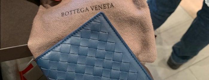 Bottega Veneta is one of Lugares favoritos de Adrian.