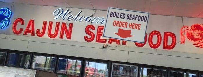Cajun seafood is one of Lieux qui ont plu à I Am Nolas.