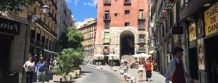 Madrid is one of Orte, die MZ🌸 gefallen.