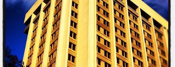 Patterson Office Tower is one of Lieux sauvegardés par JULIE.