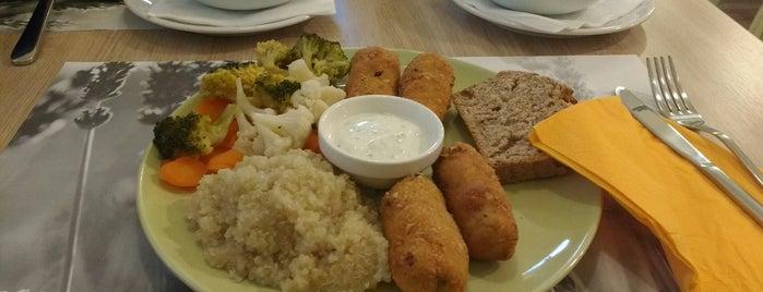 Vege & Vegan Organic Food is one of Lugares favoritos de Ivana.