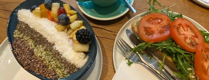 Birdie & Co. Deli • Café is one of Düsseldorf Best: Coffee & desserts.