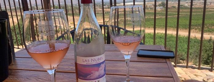 Las Nubes is one of Lugares favoritos de Yanira.