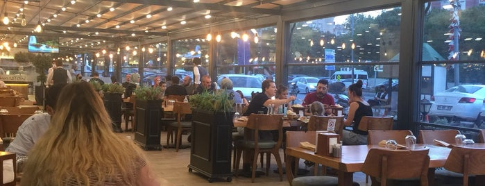 Kayılı Restaurant is one of İstanbul Eateres.