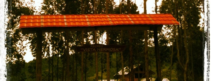 Vista Hermosa is one of Oxapampa&Around.