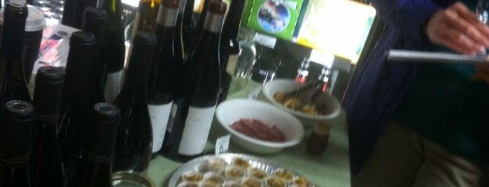 Pairings Wine & Food is one of David 님이 저장한 장소.
