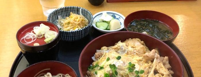 青山 長寿庵 渡邊 is one of สถานที่ที่บันทึกไว้ของ Hide.