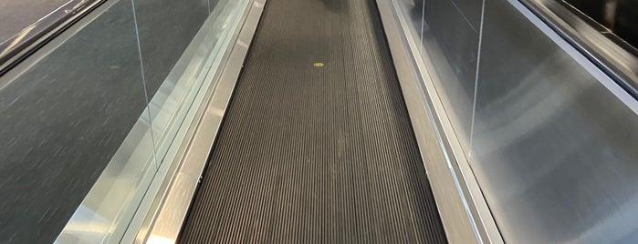 Walkway is one of Vilas : понравившиеся места.